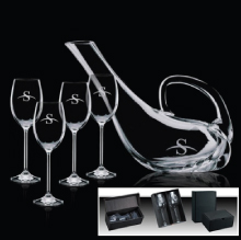 Custom Engraved Wine Glass Sets